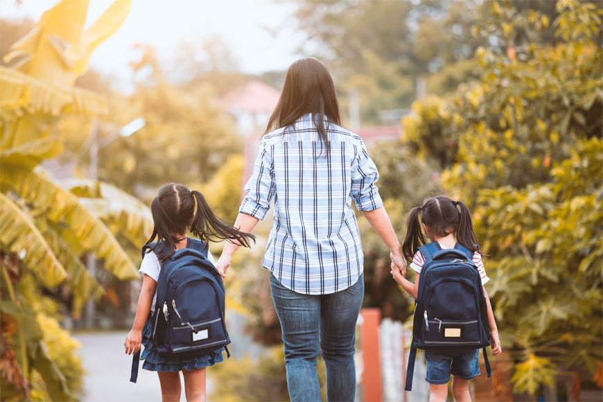 8 Struggles Only Parents on the School Run Can Relate