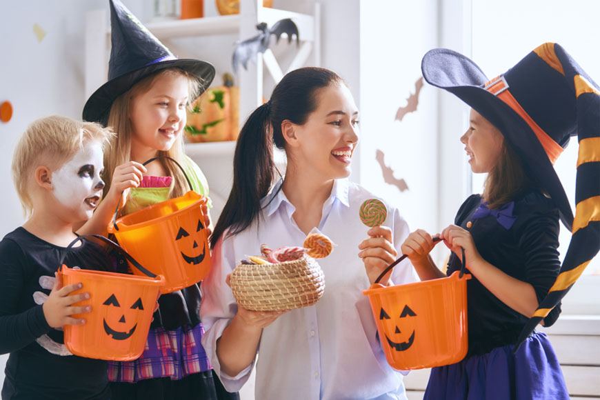 Your Etiquette and Safety Guide to Trick or Treating in Dubai