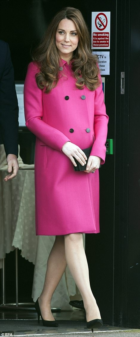 She looked absolutely stunning in this hot pink Mulberry coat