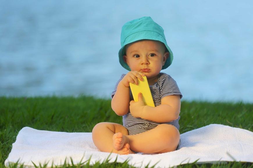 Babies development 10 months