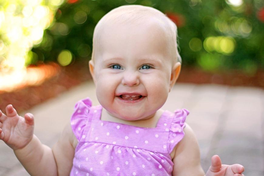 Babies development 11 months
