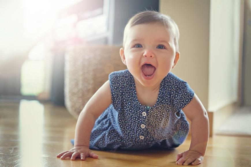 Babies development 9 months