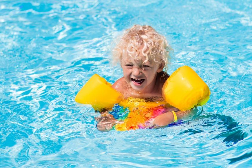 أمان طفلك في الماء