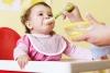 كيف تعرفين أن طفلك جاهز لتناول الطعام؟