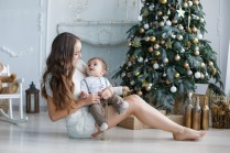 Memorable Ways to Celebrate Baby's First Christmas in the UAE