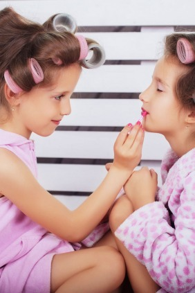 What Age Should Children be Allowed to Wear Make-Up?