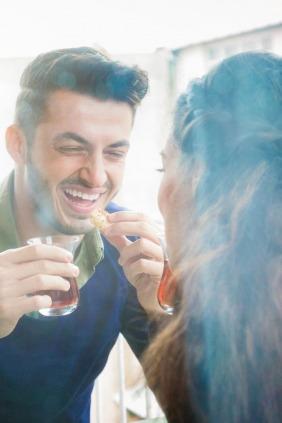 كيف تجددين علاقتك الزوجية بعد إنجاب الأطفال؟