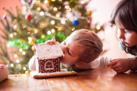 How To Protect Children's Teeth This Christmas
