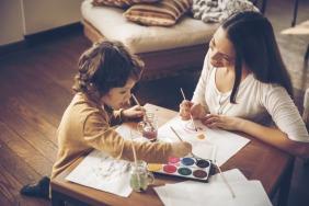 تعريف طفلك على فن الرسم