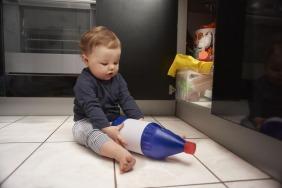حماية طفلك من السموم