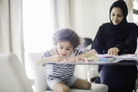 هل تزيد الأمومة من ذكاء المرأة؟