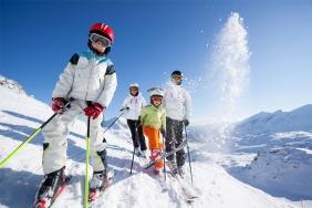 Top 5 Ski Resorts For A Christmas Holiday