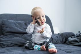 الأطفال واكتساب اللغة