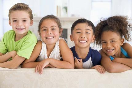 ٣٠ طريقة لترفيه أطفالك في الداخل