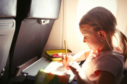 Ways to entertain a child on a plane