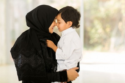 When Should Muslim Children Start Fasting?