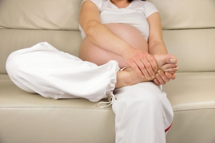 Natural Remedies and Tips to Ease Swelling During Pregnancy