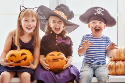 10 Easy, Healthy Halloween Treats Your Kids Will Love